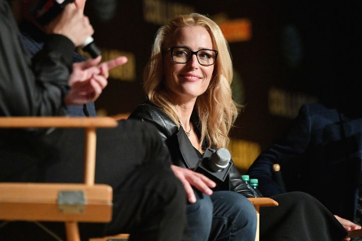 Gillian Anderson speaks onstage at The X-Files panel during 2017 New York Comic Con -Day 4 on October 8, 2017 in New York City