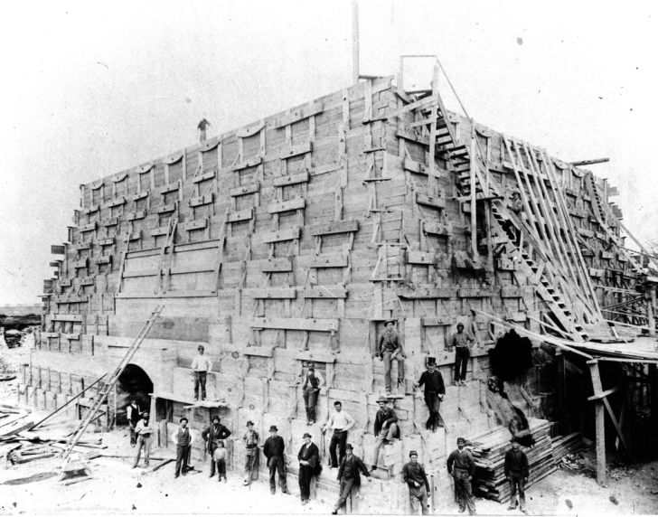 Construction of the pedestal