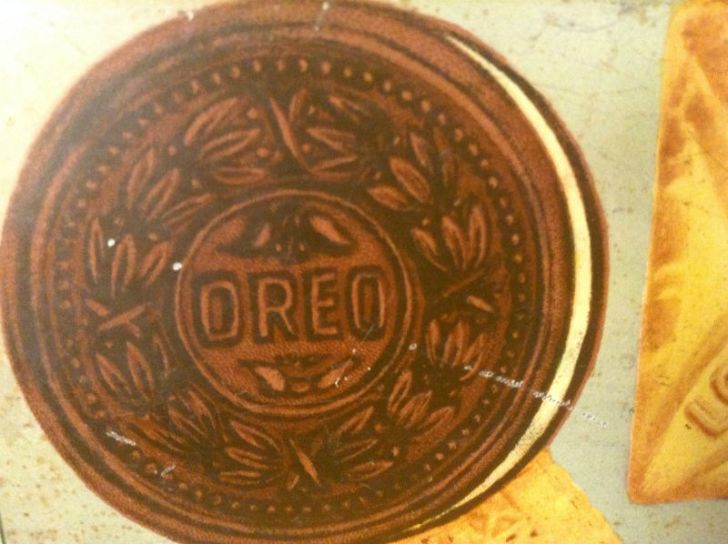 A vintage Oreo cookie ad is pictured