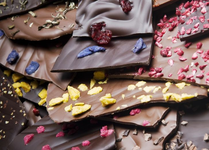 chocolate bark with various toppings