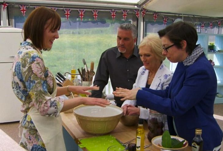 Sue Perkins, Mary Berry, Paul Hollywood, and Frances Quinn in 'The Great British Bake Off'
