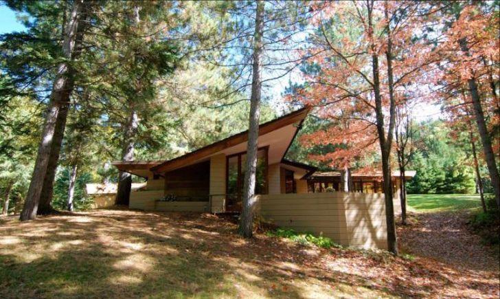 Frank Lloyd Wright-designed Lindholm House in Minnesota