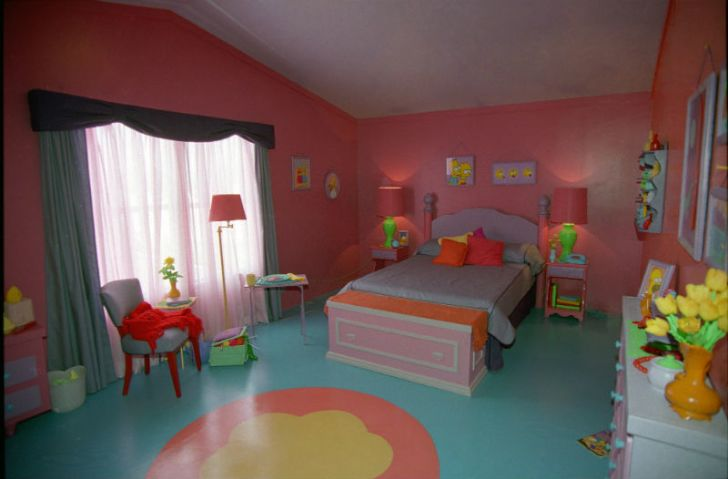 A look inside Marge and Homer Simpson's bedroom