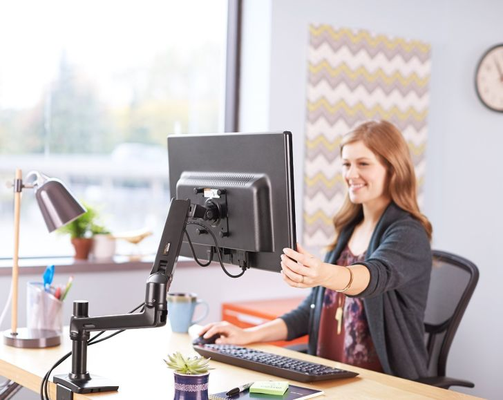 AmazonBasics Premium Single Monitor Stand