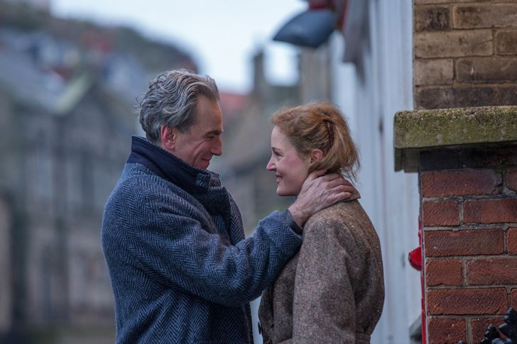 Daniel Day-Lewis and Vicky Krieps in Phantom Thread (2017)