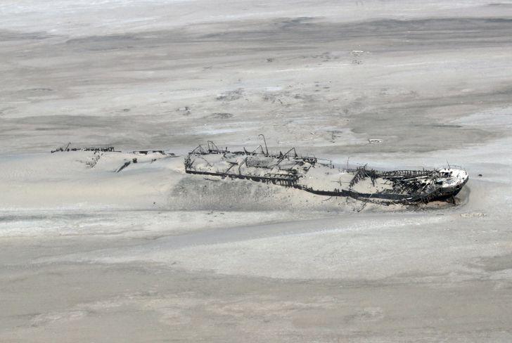 Shipwreck of the Eduard Bohlen in Namibia