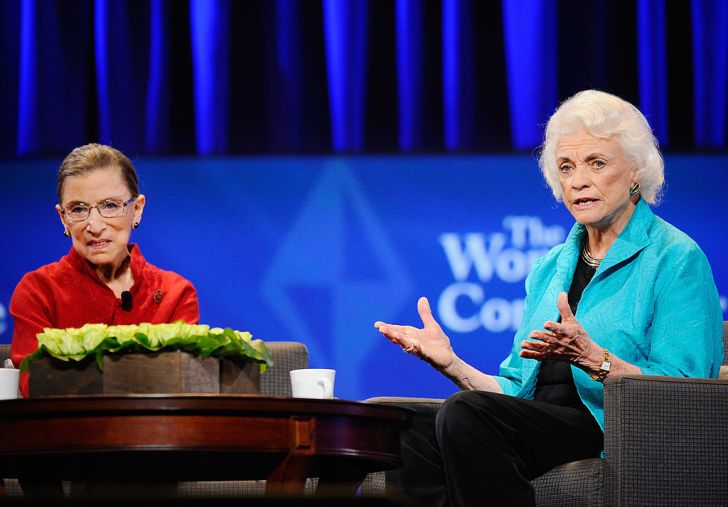 Justice Ruth Bader Ginsburg (L) and former justice Sandra Day O'Connor
